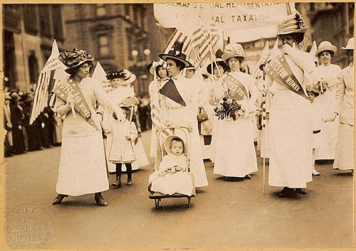 Parade des suffragettes – New York - 1912